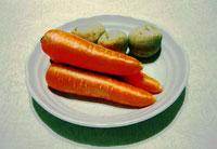 野菜(ニンジン3本とジャガイモ3個)のコントラスト強め