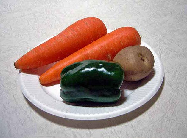 野菜(ニンジンとジャガイモとピーマン)その3の拡大写真